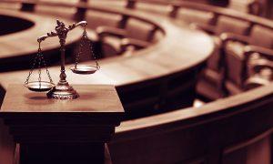 Mahkeme Salonlarında Başörtüsü Yasağında Geriye Dönüş