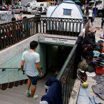 Yunanistan'da Mülteciler Evsiz Kalma Riskiyle Karşı Karşıya