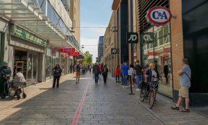 Hollanda'da Normalleşme Sürecinde Üçüncü Aşamaya Geçiyor