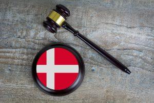 Kur'an-ı Kerim Yakan Danimarkalı Parti Liderine Hapis Cezası