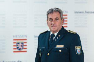 Polis Teşkilatında Aşırı Sağcı Yapılanma İddiaları: Emniyet Müdürü İstifa Etti