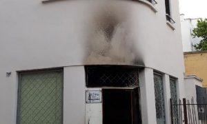 Lyon'da Camilere Kundaklama: Esselam Camii Saldırıya Uğradı