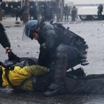 """Uluslararası Af Örgütü: """"Fransa Barışçıl Protestoculara Baskı Uyguladı"""""""