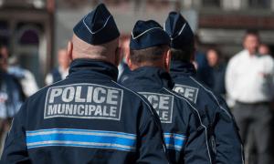 """Fransa'daki Polislerden Şiddet İtirafı: """"Halkla Aramız Giderek Açılıyor"""""""