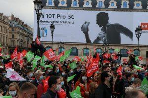 Fransa'da Biyoetik Yasa Tasarısı Protesto Edildi