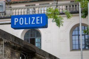 Almanya'da Polis Irka Göre Mi Muamelede Bulunuyor?
