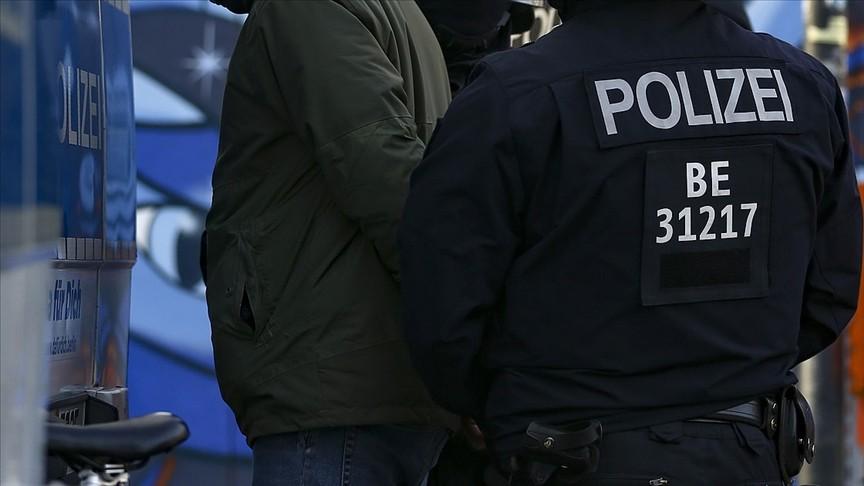 Almanya'da Türklere Ait İş Yerlerine ve Camilere Saldırı Düzenleyen Zanlı Hakkında İddianame Hazırlandı