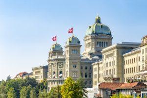 İsviçre Ulusal Meclisinden Okullarda Başörtüsü Yasağına Ret