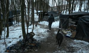 AB Kapısında Bekleyen Göçmenler Çadırlarda Yaşam Mücadelesi Veriyor