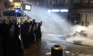 """Belçika'da """"Gözaltında Ölen Afrikalı Genç"""" Protestosunda Arbede Çıktı"""