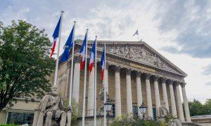 """Fransa'da Ulusal İmamlar Konseyi'nin """"Şartname"""" Krizi"""