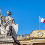 Fransa'da Müslümanları Hedef Alan Tartışmalı Ayrılıkçılık Yasasına Tepkiler Sürüyor