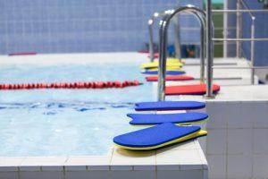 """Fransız Bakan'dan Yüzme Derslerinden Muafiyet İçin """"Tıbbi Neden"""" Israrı"""