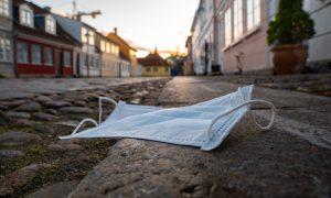 Almanya'da Maske Takma Zorunluluğunun Kaldırılması Tartışılıyor