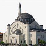 """Fransa'da Cami Yardımına Bakan Engeli: """"Sağduyuya Çağırıyoruz"""""""