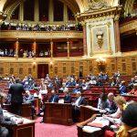 Tartışmalı Kovid-19'la Mücadele Yasa Tasarısı Kabul Edildi