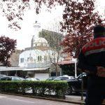 """Arnavutluk'ta Bıçaklı Cami Saldırısında """"İslamofobi"""" Şüphesi"""