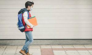 Almanya'da Okul Çağındaki Çocuklar İçin Kovid-19 Aşısı Belirsizliği