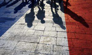STK'lar, Fransa'nın Refakatsiz Sığınmacılara Kötü Muamelesini BM'ye Şikayet Etti