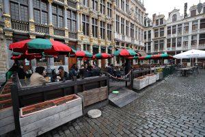 Belçika'da 7 Aydır Kapalı Olan Restoranlar ve Kafeler Açıldı