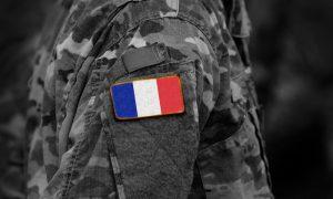 """Fransa'da Askerler, İkinci Bir Bildiriyle Yine """"İç Savaş"""" Uyarısında Bulundu"""