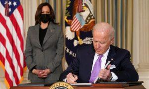 ABD'de Müslüman STK'ler Biden'ı İslamofobi İle Mücadeleye Çağırdı