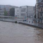 """Almanya'da Sel Felaketi Mağdurları Merkel'den """"Acil Yardım"""" İstedi"""