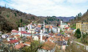Srebrenitsa, Bugün Hayalet Kent Olarak Ayakta Kalmaya Çalışıyor