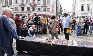 Oturum İzni İçin Açlık Grevinde Olan Düzensiz Göçmenlere Destek Amacıyla Gösteri
