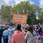 Fransa'da Kovid-19 ile Mücadele Politikası Karşıtı Gösteriler 10. Haftasında
