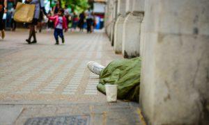 İngiltere'de Genç Evsizlerin Sayısı 5 Yılda Yüzde 40 Arttı