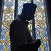 Fransa'da İki İmamın Görevine İçişleri Bakanı Darmanin'in Emriyle Son Verildi
